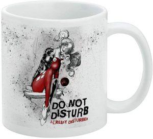 Taza de Harley Quinn Do Not Disturb - Las mejores tazas de Harley Quinn - Tazas de DC