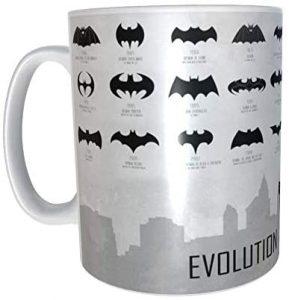 Taza de evolución del logo de Batman - Las mejores tazas de Batman - Tazas de DC